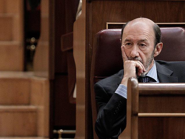 """Rubalcaba: """"Zapatero me convenció anoche sobre la reforma co"""