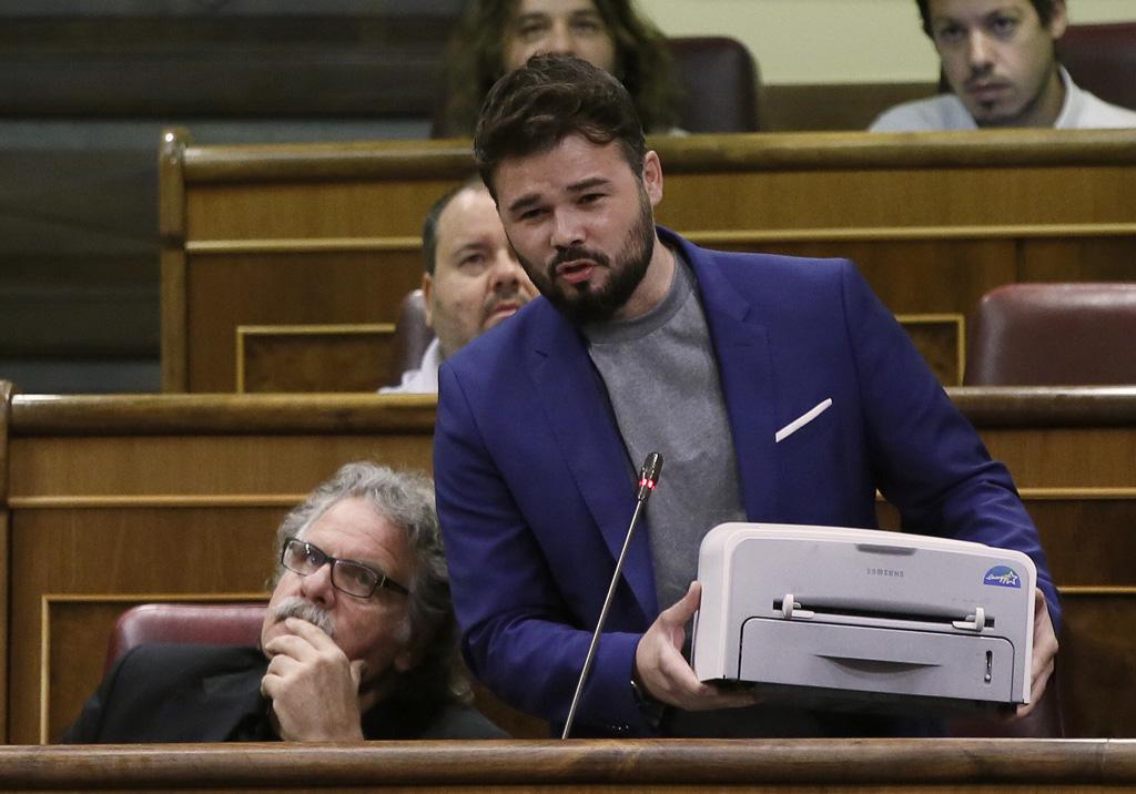 """Rufián pide al Gobierno que """"no persigan impresoras sino a corruptos y ladrones"""""""