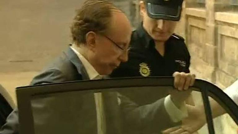 Ruiz-Mateos llega detenido a los juzgados de Palma para declarar por estafa