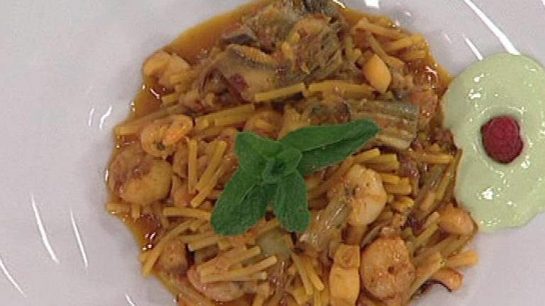 Cazuela de fideos con alcachofas al azafr n 23 01 2012 for Cocinar alcachofas