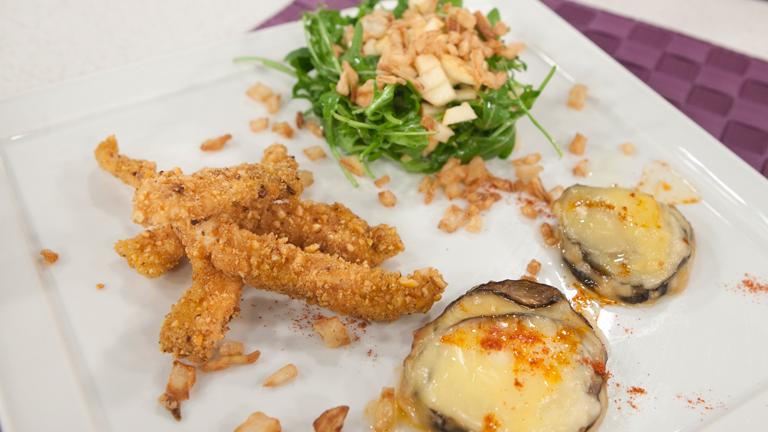 C mo preparar empanado de pollo y milhojas de berenjena for Cocinar higaditos de pollo