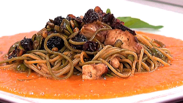 Saber cocinar pasta con salsa de zanahoria y pi ones la for Cocinar noodles