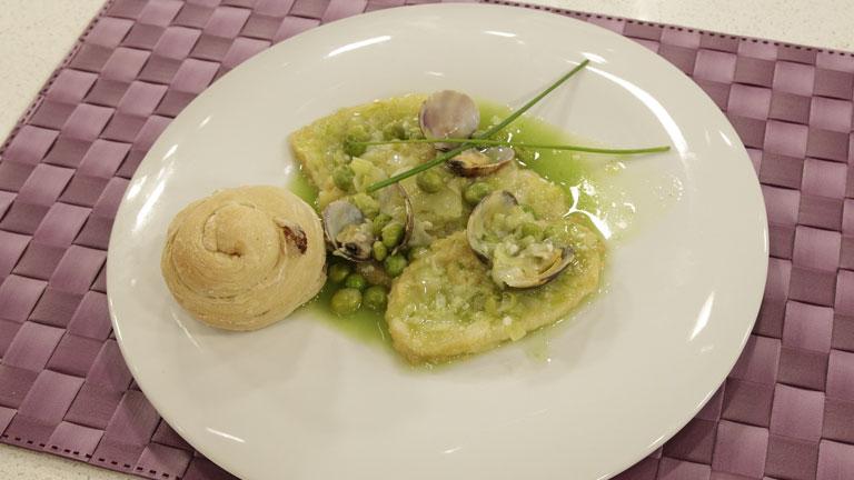 Receta de patatas con almejas en salsa verde - Almejas con salsa verde ...