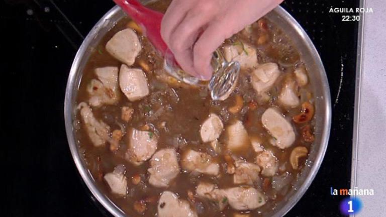 C mo preparar pollo a la miel con salsa de zanahoria for Cocinar zanahorias