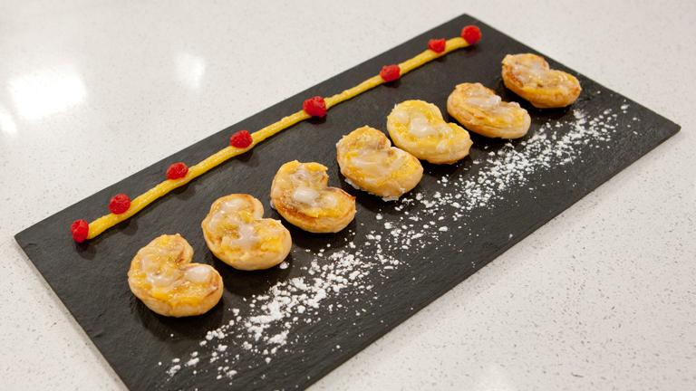 C mo preparar palmeras de yema pastelera for Cocinar yema de huevo