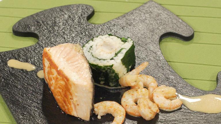 C mo preparar salm n en salsa con falso shusi for Como cocinar salmon