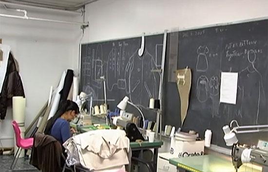 Maquina de coser buscar taller costura for Taller de costura madrid