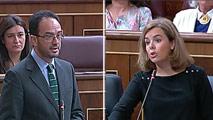 Ir al VideoSáenz de Santamaría agradece el apoyo del PSOE contra el desafío soberanista y pide detalles sobre la reforma constitucional