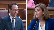Ir al VideoSáenz de Santamaría se enfrenta al nuevo portavoz del PSOE por la elección de alcaldes