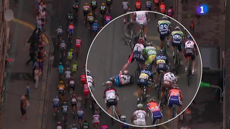 Sagan sufre la suerte de Cavendish, otra caída