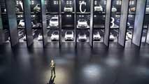 Ir al VideoEl Salón Internacional del Automóvil de Fráncfort intenta demostrar que el motor ha dejado atrás la crisis