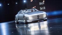 Ir al VideoEl Salón Internacional del Automóvil de Fráncfort muestra los últimos avances y modelos del motor