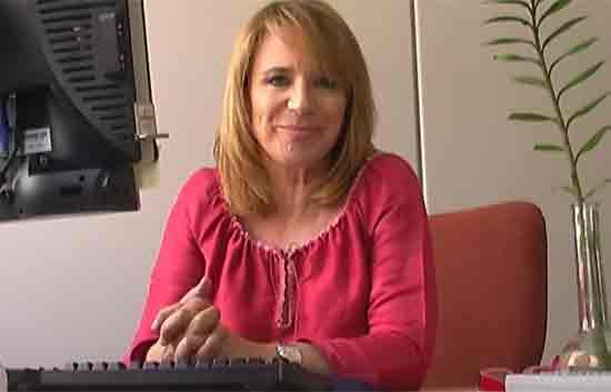 Rtve responde - Elena Sánchez saluda a los internautas