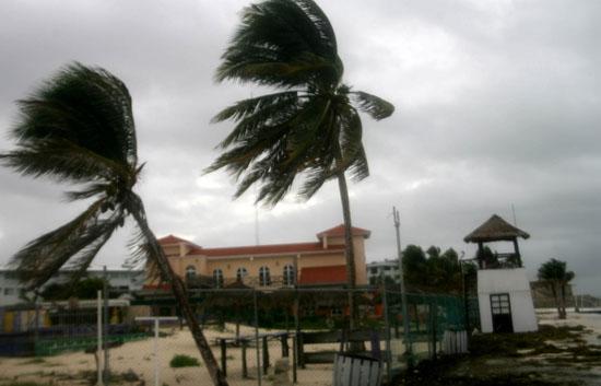 El huracán 'Ida' deja 124 muertos en El Salvador
