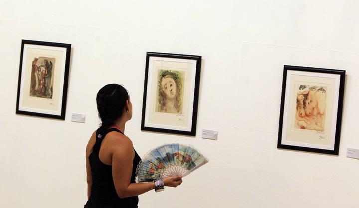 Salvador Dalí en el Museo de Bellas Artes de La Habana