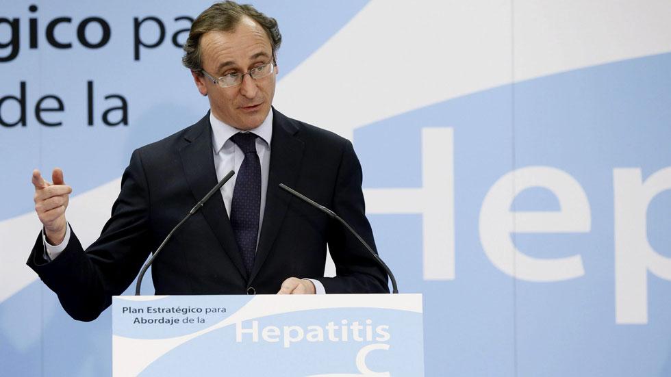 Sanidad afirma que más de 50.000 pacientes con hepatitis C avanzada recibirán nuevos fármacos