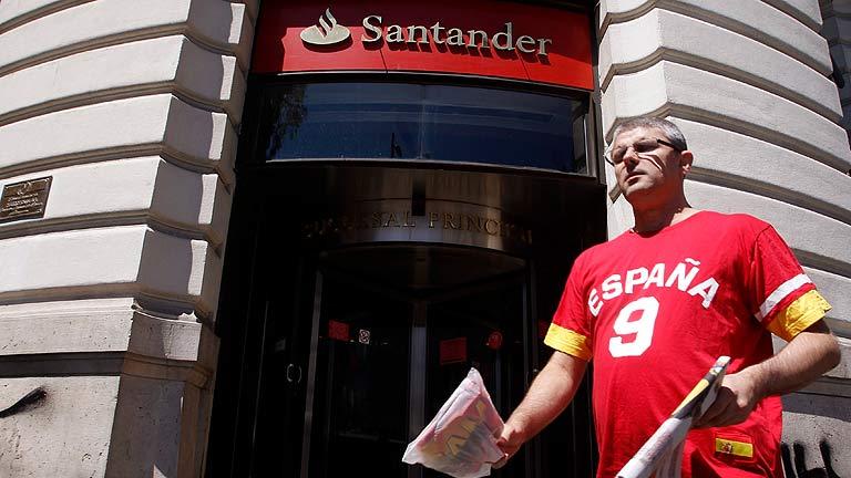 El Santander gana 1.604 millones hasta marzo, un 24% menos
