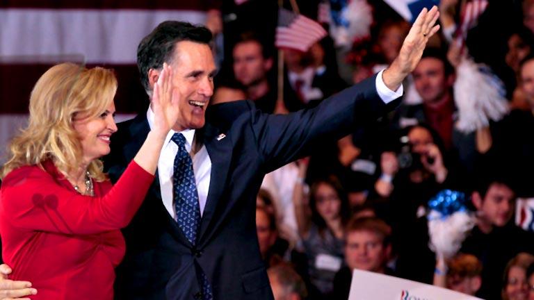 Santorum se retira de las primarias republicanas