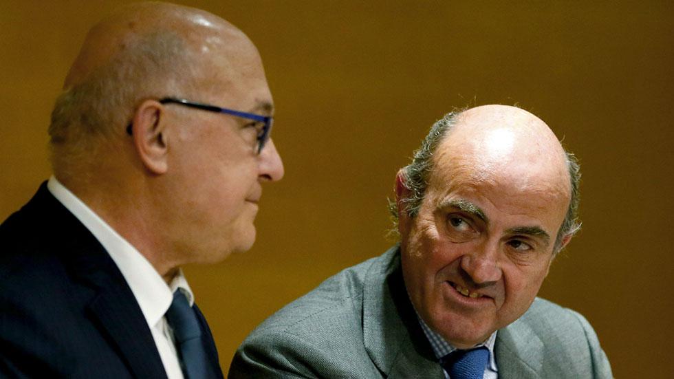 """Sapin: """"España merece más responsabilidades dentro de las instituciones de la UE"""""""
