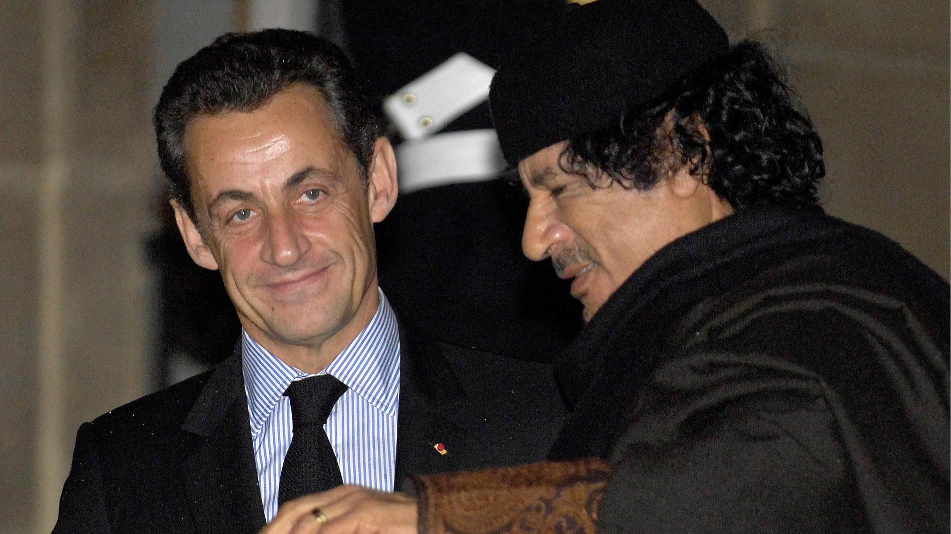 Ir al VideoSarkozy, detenido por presunta financiación ilegal de la campaña a la Presidencia de 2007