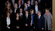 Ir al VideoSe constituye en el Parlament de Cataluña el Pacto Nacional por el Referéndum