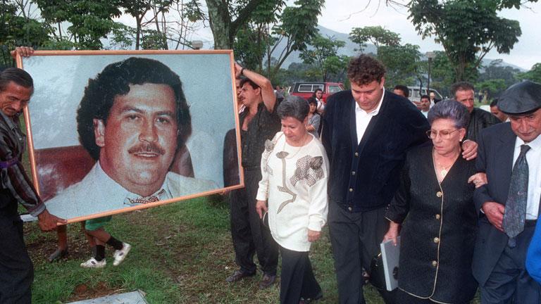 La muerte del narcotraficante colombiano pablo escobar el capo que