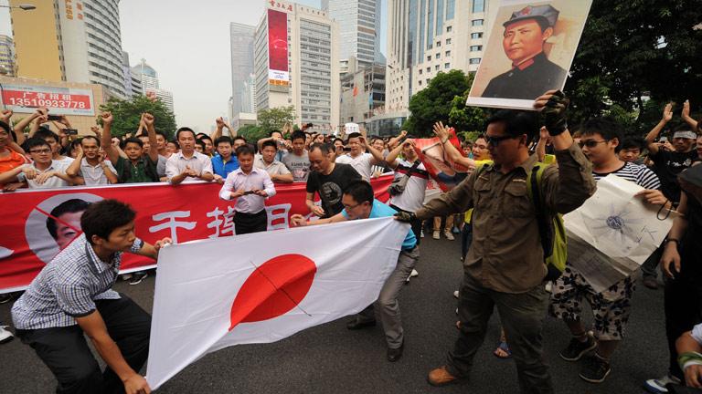 Se eleva la tensión entre China y Japón mientras EE.UU. pide moderación a ambas partes