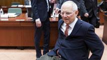 Ir al VideoSe espera un intenso debate en la reunión del Eurogrupo con grandes diferencias de partida entre Grecia y Alemania