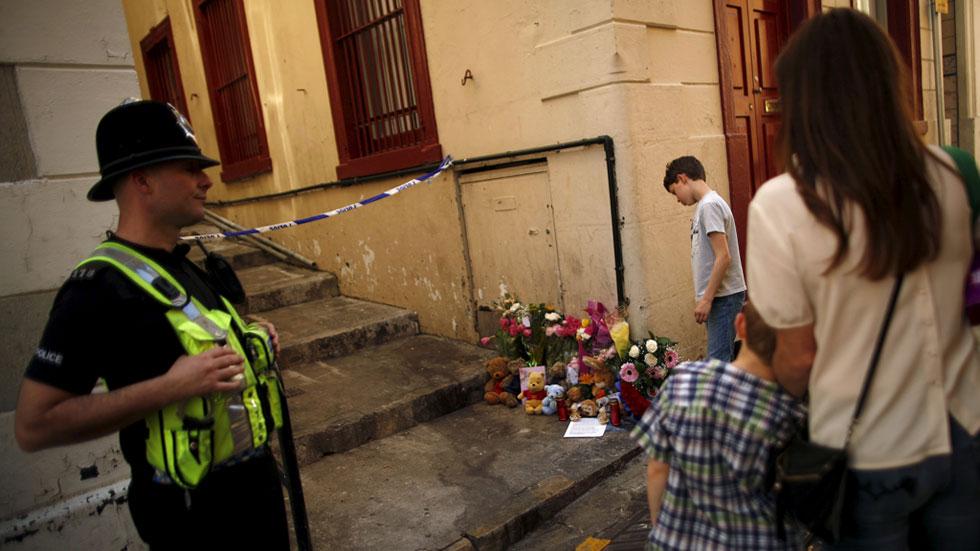 La Policía de Gibraltar pide refuerzos para investigar la muerte violenta de una familia