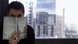 Se publica 'El año sin verano', la primera novela de Carlos del Amor