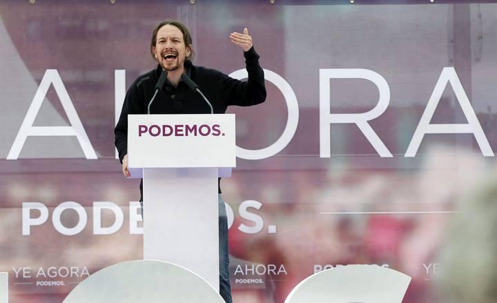 El secretario general de Podemos, Pablo Iglesias, durante su intervención en un acto público de su formación, esta tarde en Oviedo