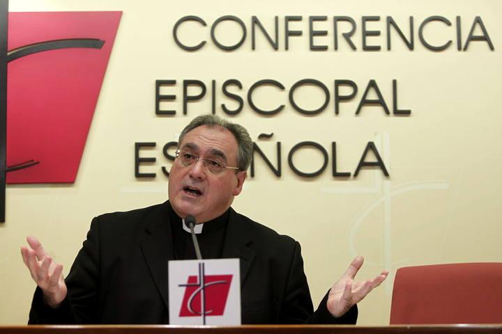 El secretario general y portavoz de la Conferencia Episcopal Española, José María Gil Tamayo.
