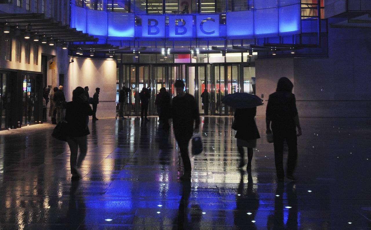 Sede de la BBC, el primer grupo audiovisual público del mundo, en Londres