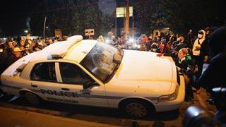 Segunda noche de incidentes en Ferguson (EE.UU.) por la absolución del policía que mató a Michael Brown