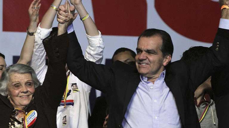 Habrá segunda vuelta en las elecciones presidenciales de Colombia