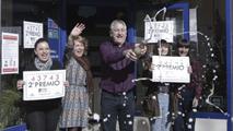 El segundo premio de la lotería del Niño, el 43.743, ha repartido 750.000 euros por toda España