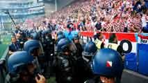 Ir al VideoSeguridad máxima para el encuentro entre Croacia y España