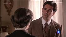 Salvador le suplica a Rosalía que no le cuente nada a Diana