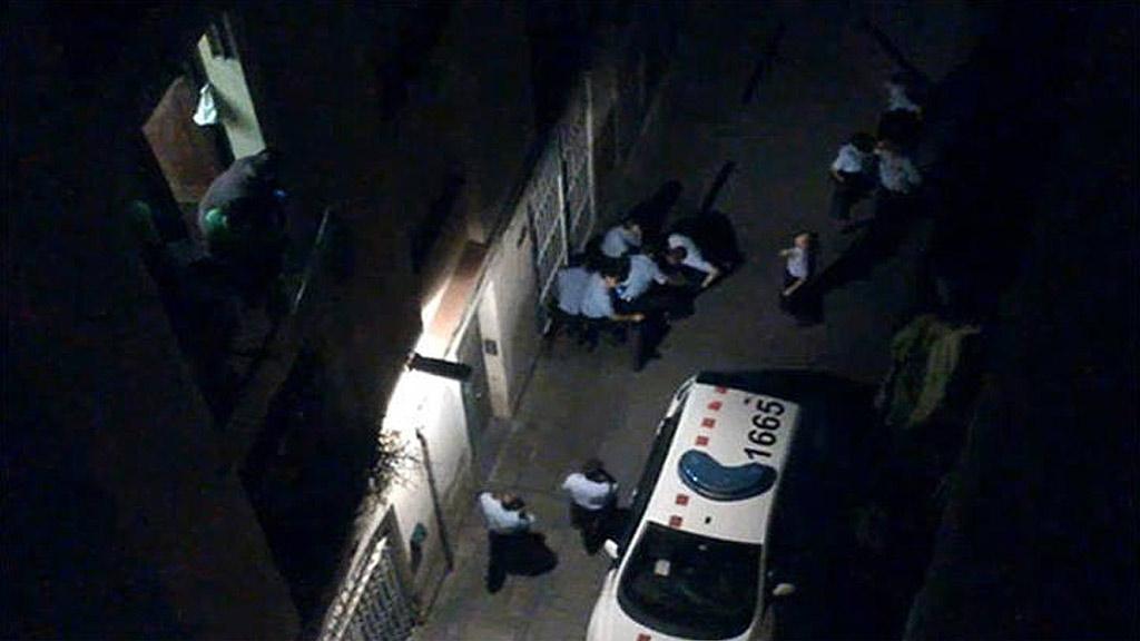 Seis mossos serán juzgados por homicidio por la muerte del empresario del barrio del Raval
