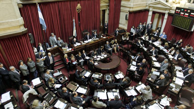 El Senado argentino aprueba el proyecto de ley sobre la expropiación de YPF