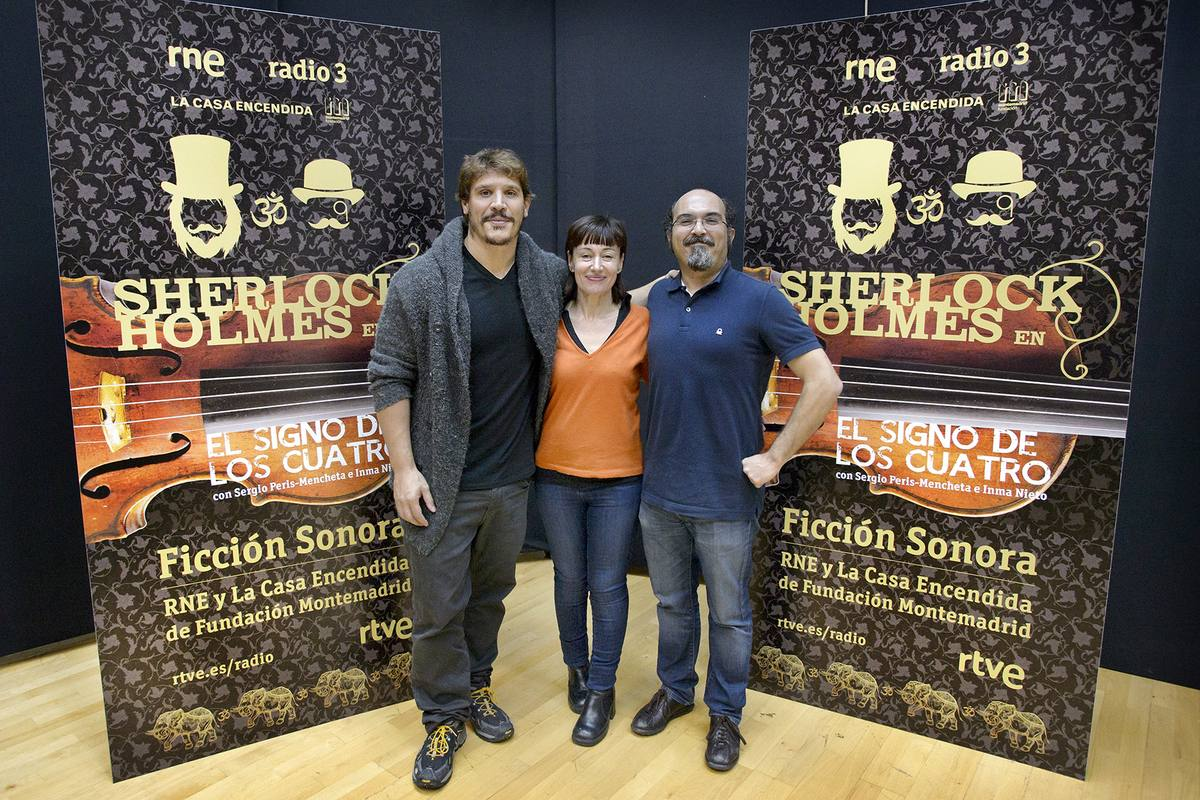 Sergio Peris-Mencheta (Sherlock Holmes), Inma Nieto (Mary) y Juan Suárez (Watson).