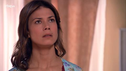 Alicia defiende a Rober ante su padre