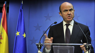 El Eurogrupo da un sí unánime y sin cambios al rescate de la banca española