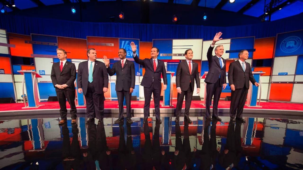 Los siete candidatos republicanos participantes en el debate