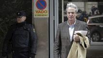 Ir al VideoSiete exconsejeros de Caja Madrid declaran que recibieron las tarjetas opacas para uso personal