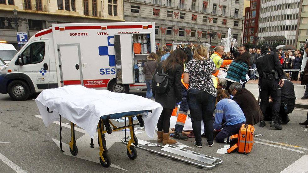 Siete personas resultan heridas en un atropello múltiple en el centro de Oviedo