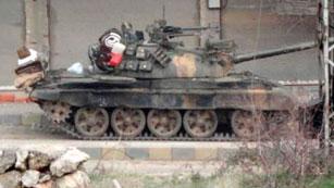 Las tropas de al Asad intensifican su ofensiva contra los rebeldes en Homs