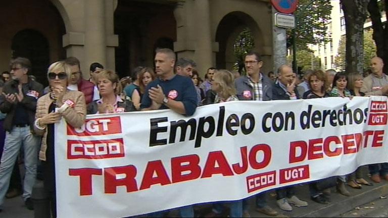 Los sindicatos reclaman un acuerdo para garantizar ingresos a las familias sin empleo ni prestaciones