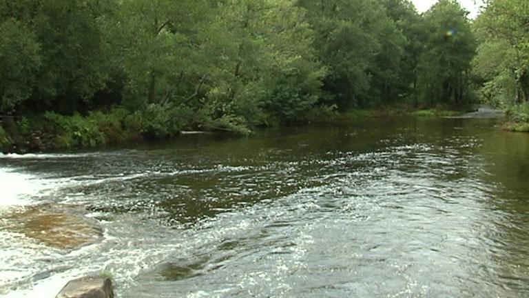 Situación controlada en el vertido de sosa cáustica del río Tea