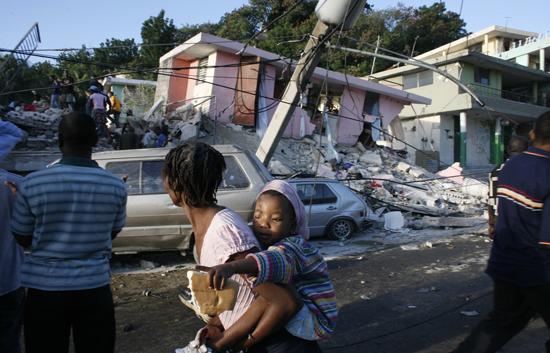 Sólo se ha podido contactar con 35 de los 109 españoles que viven en Haití